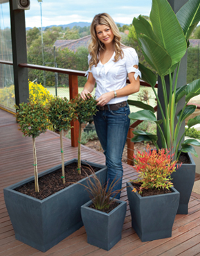 Melissa King with urbanLITE pots
